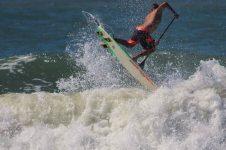 LUIZ DINIZ – SUP SURFING IN THE SUMMER