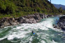 PADDLE BOARDING NEW ZEALAND