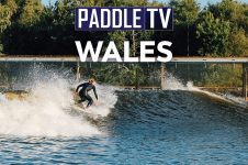 SUP SURFING AT SURF SNOWDONIA