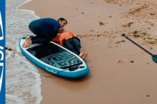 HOW TO CARRY OUT A SUP RESCUE