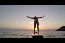 STAND UP PADDLE-BOARD & SUP YOGA | METTA FLOAT