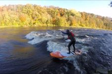 WHITEWATER SUP | RIVER SURFING IN SCOTLAND, UK